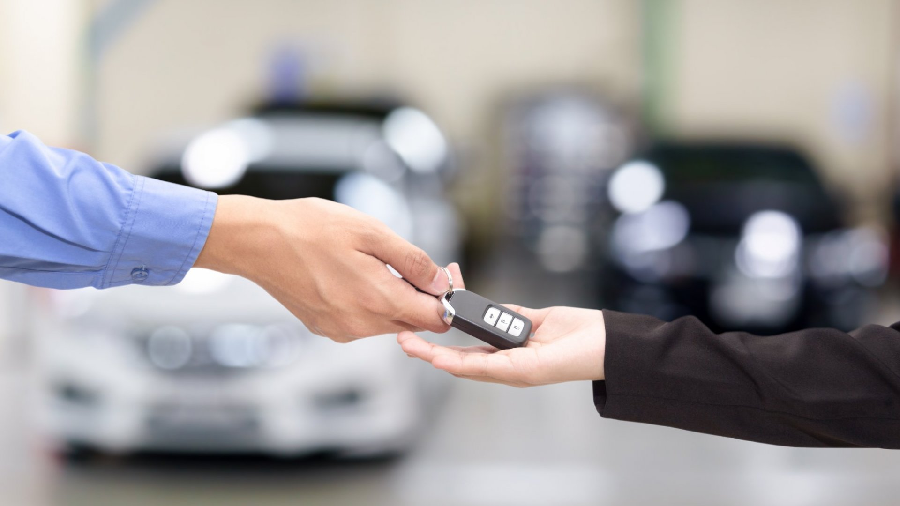 3 Things You Need To Manage a Successful Car Dealership