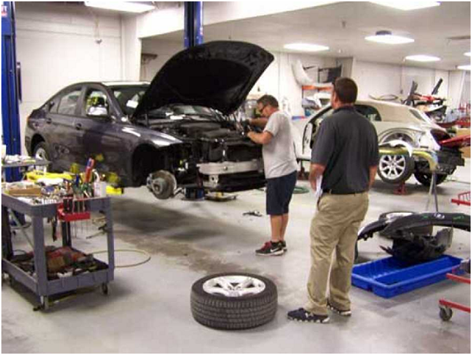 What Are The Benefits of Availing Auto Repair Services?